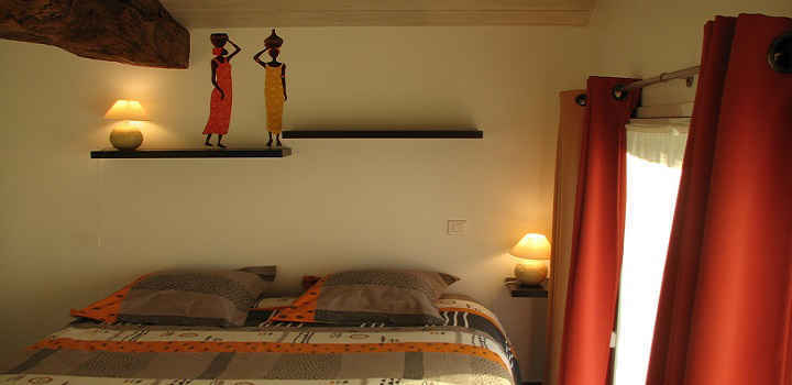 Booking holiday house France Loire Valley Africa room