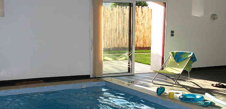 Booking holiday house France with indoor pool