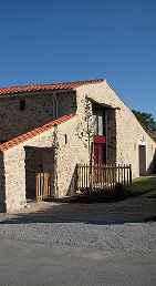 Maison de vacances avec piscine couverte à La Roche sur Yon