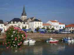 Escapade Vendée à Saint-Gilles-Croix-de-Vie et son port de plaisance et de pêche