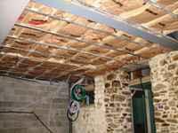 travaux de l'ancienne grange: l'isolation du plancher