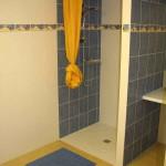 Location gîte piscine intérieure Vendée avec douche