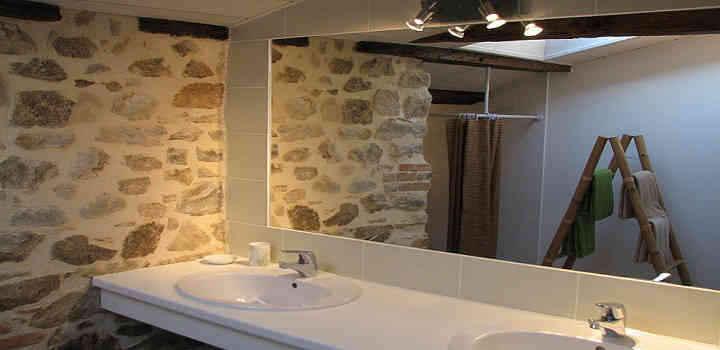 Location vacances 3 chambres en Vendée, salle de bain double vasques