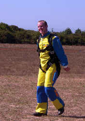 saut en parachute en vendée, Olivier est heureux de son saut