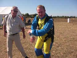 saut en parachute en vendée, Olivier est ravi et papa aussi